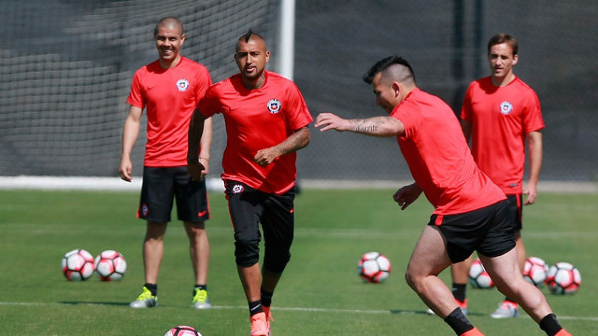 La formación que planea el DT Pizzi para el debut de Chile ante Argentina en Copa Centenario