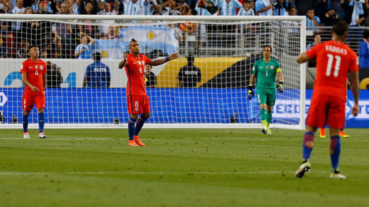 Chile no puede ante Argentina y cae en su debut en la Copa Centenario
