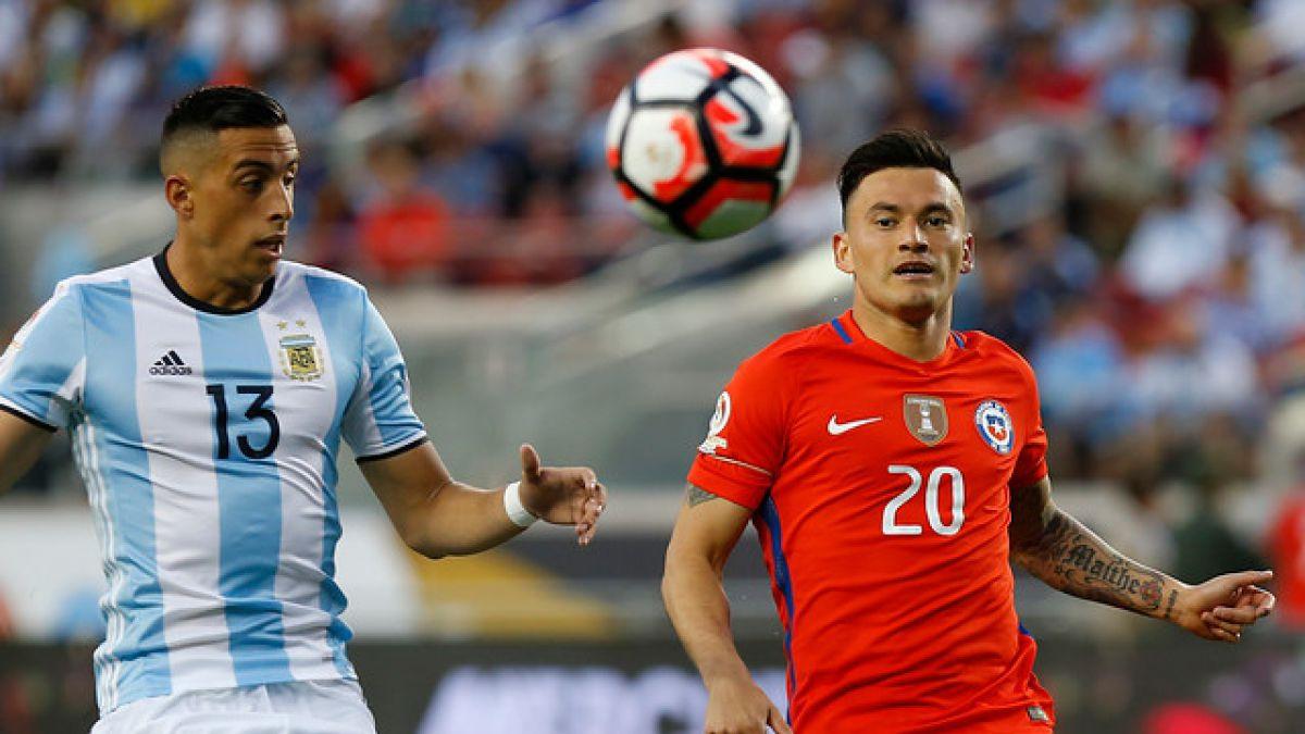 """Aránguiz autocrítico: """"Me hago responsable del primer gol, eso modificó mucho el partido"""""""