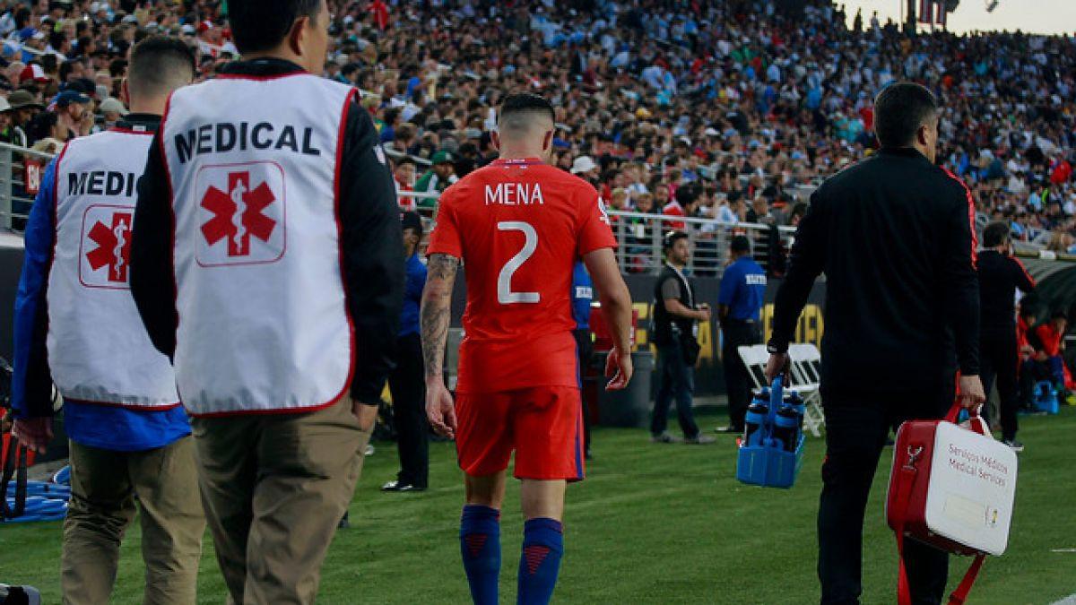 Eugenio Mena es liberado de La Roja y no sigue en Copa América Centenario