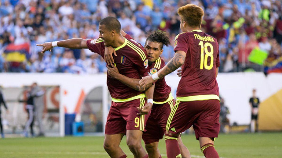 Venezuela vence a Uruguay y lo deja al borde de la eliminación en la Copa Centenario