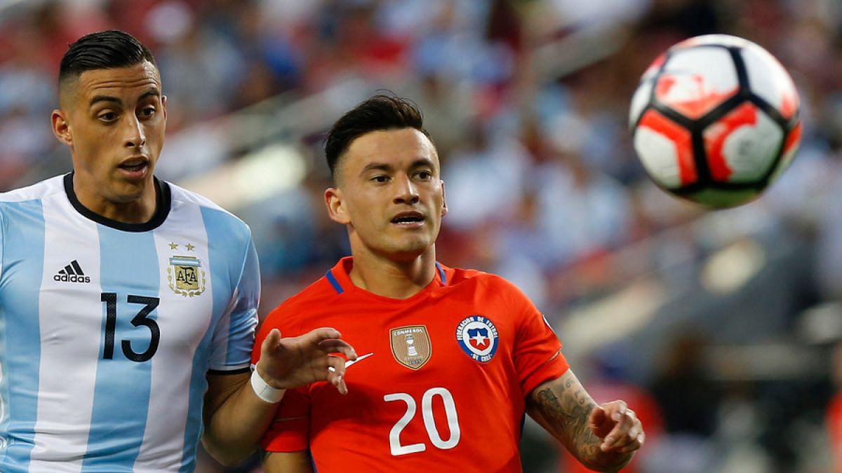 Charles Aránguiz olvida su partido ante Argentina: Ya saqué el error de mi cabeza