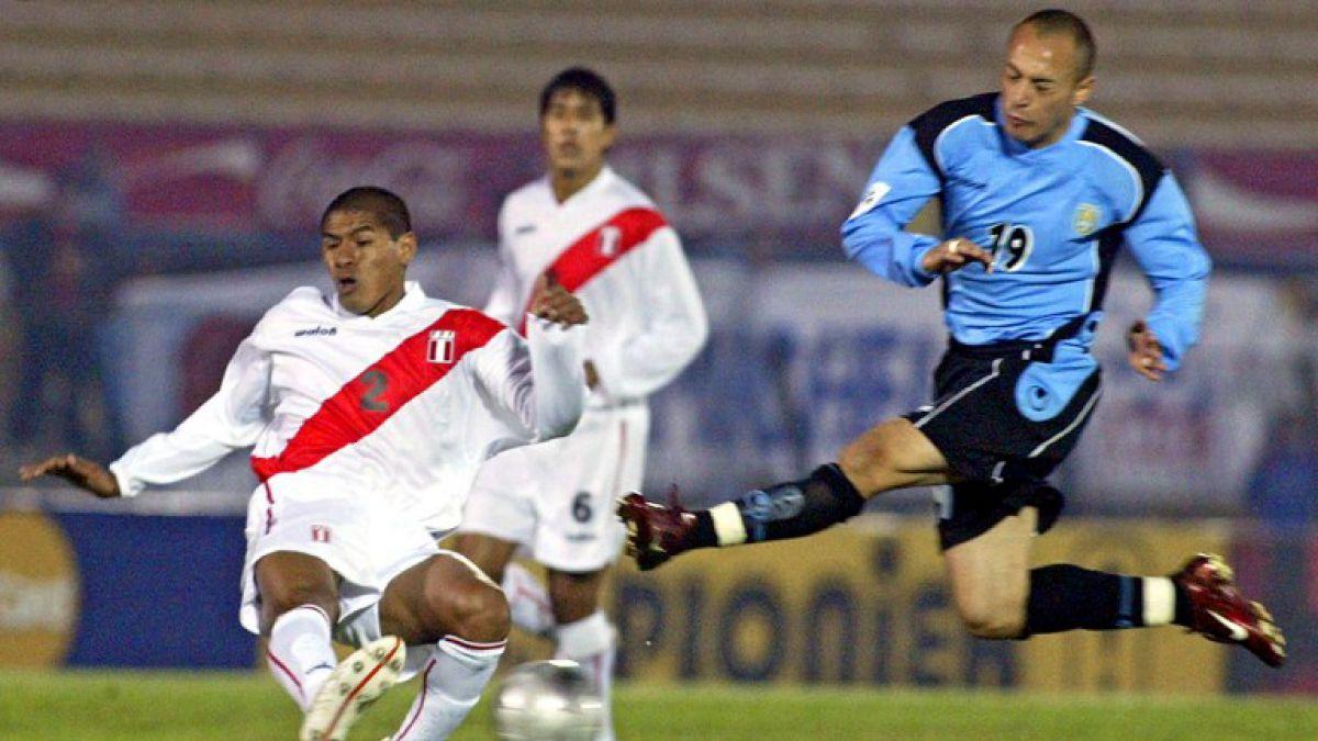 El polémico Javier Chevantón responde a hinchas chilenos tras burlas por eliminación de Uruguay