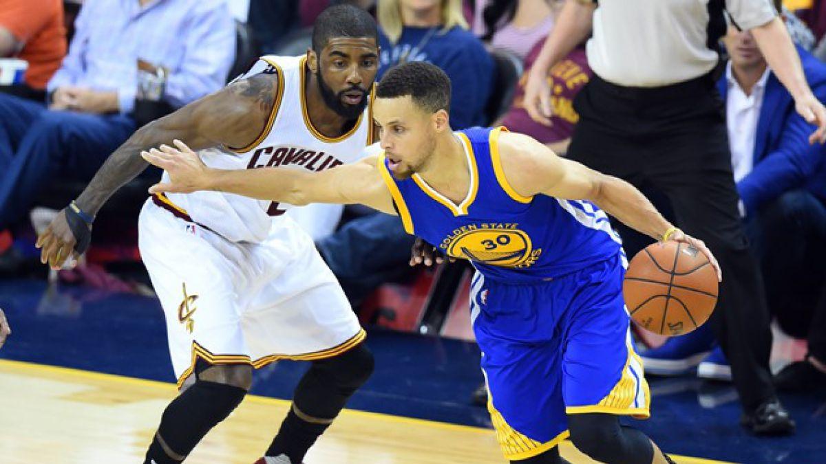 NBA: Warriors vencen a Cavaliers y quedan a una victoria del título