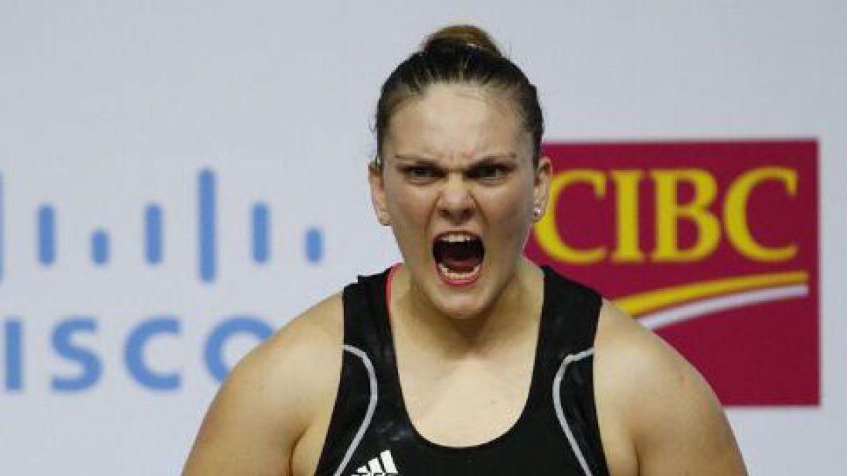 Ya son 35: María Fernanda Valdés y equipo femenino consiguen cupo para Río 2016 en pesas
