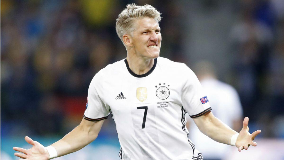 Bastian Schweinsteiger renuncia a la selección de Alemania