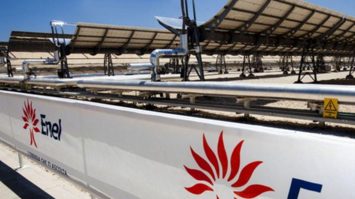 Enel se abre a vender negocio renovable a sus filiales