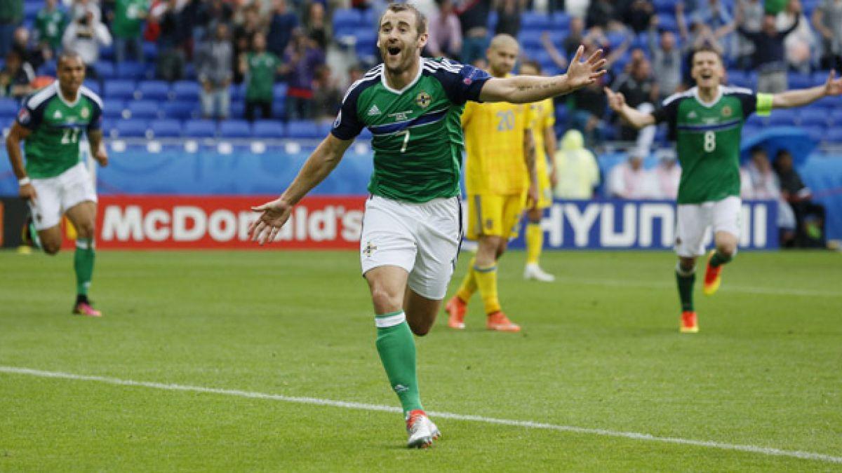 Irlanda del Norte vence a Ucrania y celebra su primera victoria en una Eurocopa