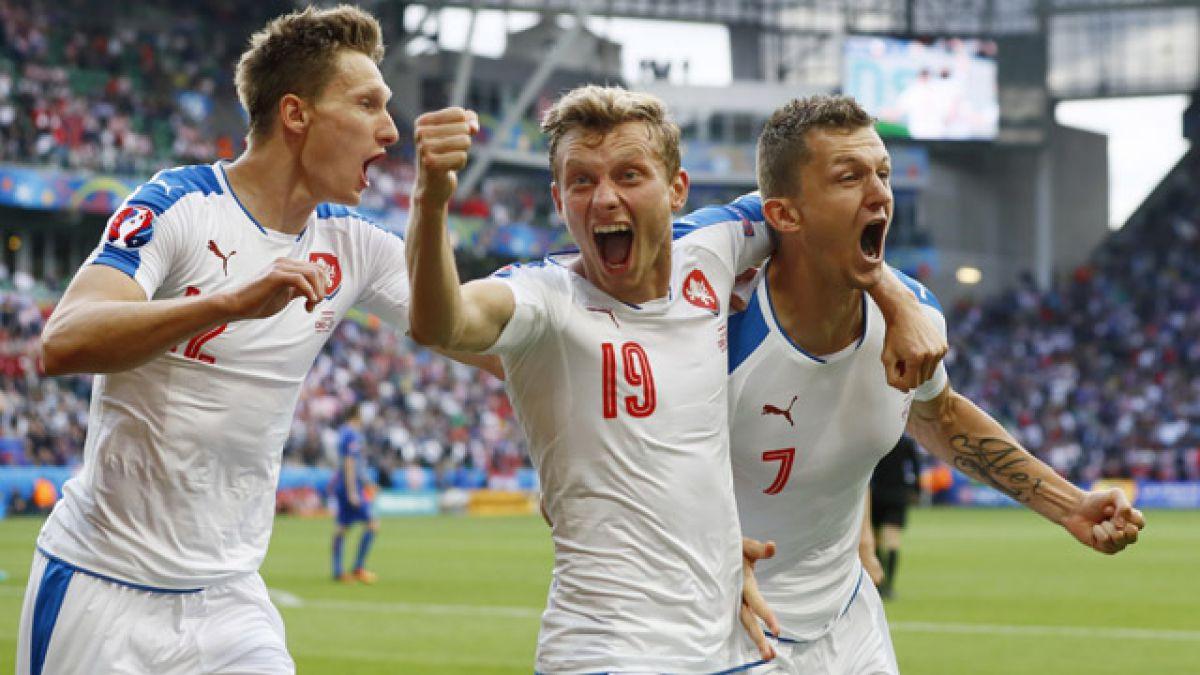 República Checa salva un empate ante Croacia con penal en los descuentos