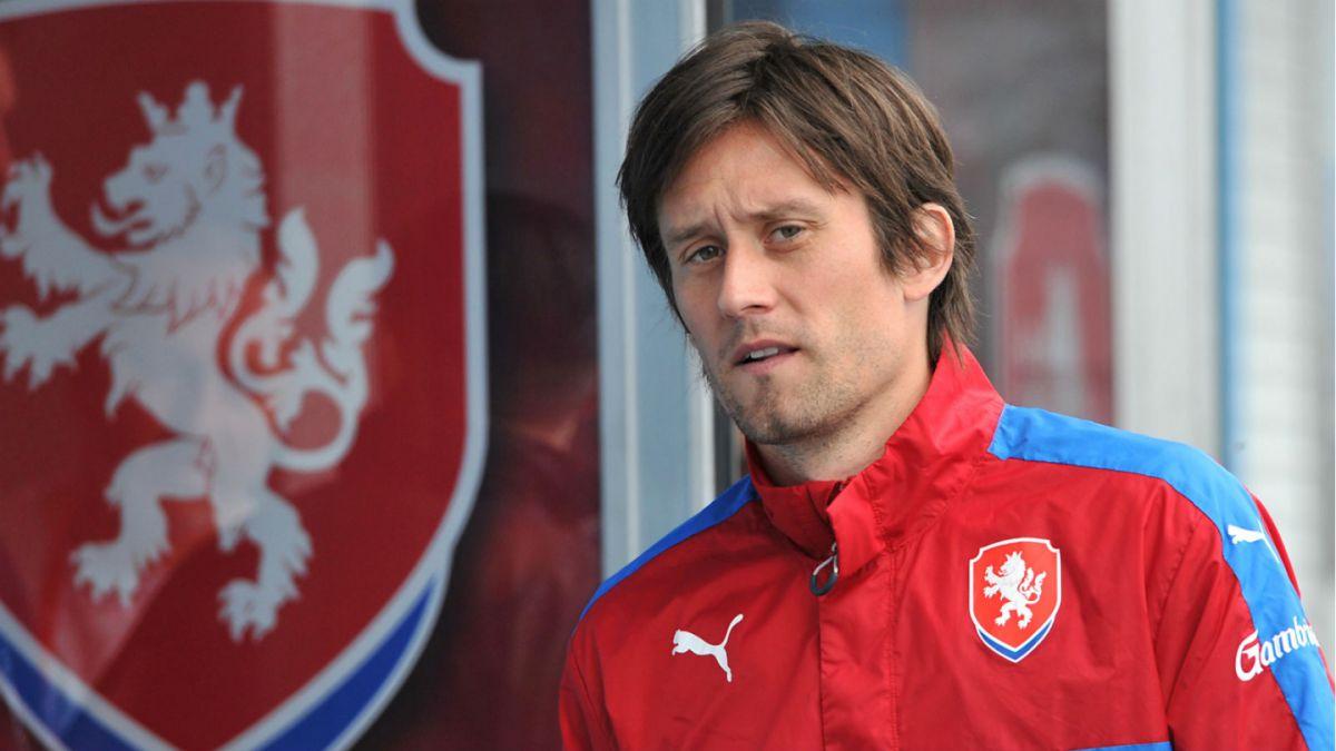Capitán checo Tomas Rosicky se pierde resto de la Eurocopa por lesión