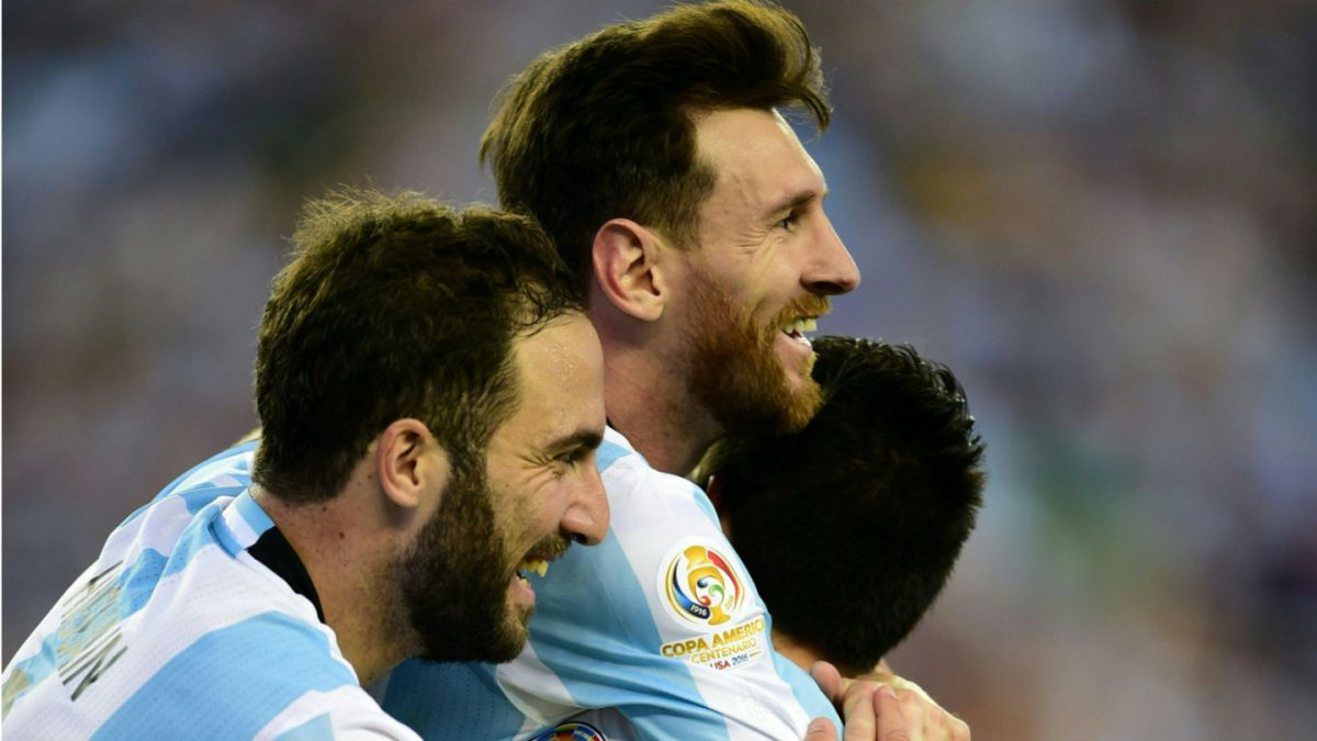 Argentina golea a Venezuela y avanza a semifinales de la Copa América Centenario