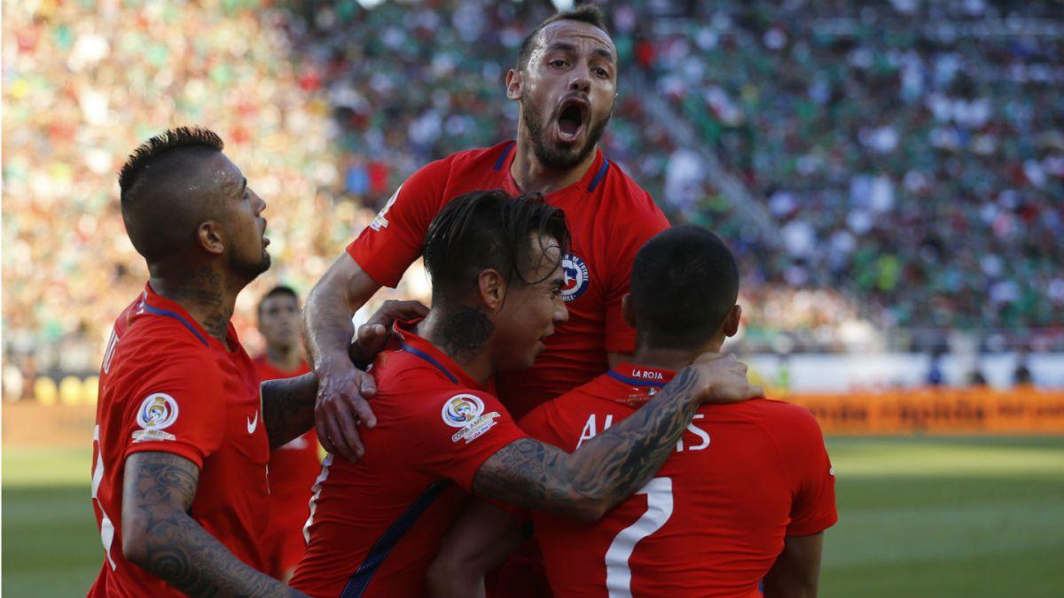 Una noche inolvidable: Chile golea a México y avanza a semis de la Copa América Centenario