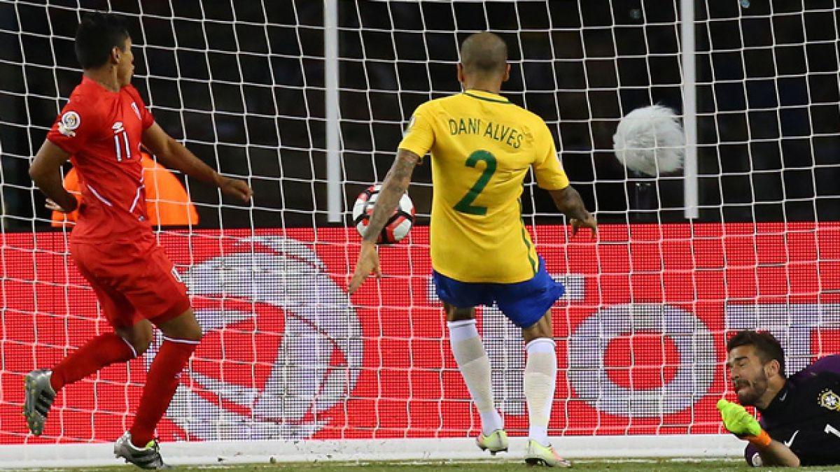 Ruidíaz reconoce que gol que costó eliminación de Brasil en Copa Centenario sí fue con la mano