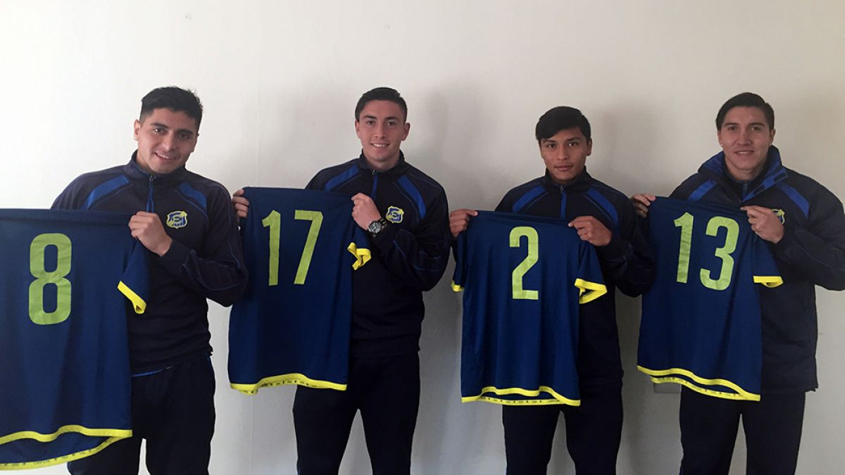 Everton presenta a sus cuatro refuerzos y parte a México para realizar pretemporada