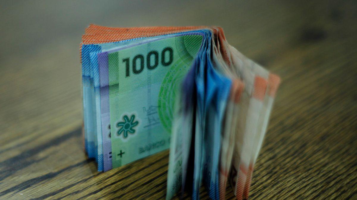 El detalle del alza escalonada del sueldo mínimo que llegará a los 276 mil pesos