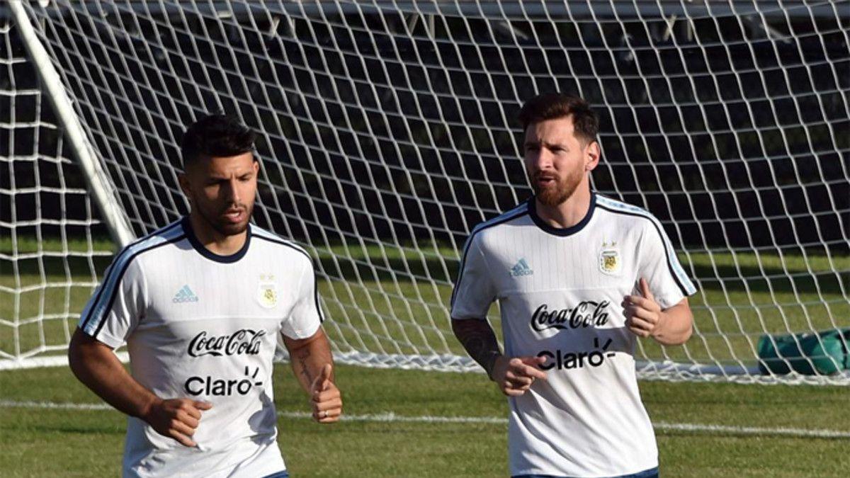 El polémico mensaje de cumpleaños de Agüero a Messi a horas de la final de Copa Centenario