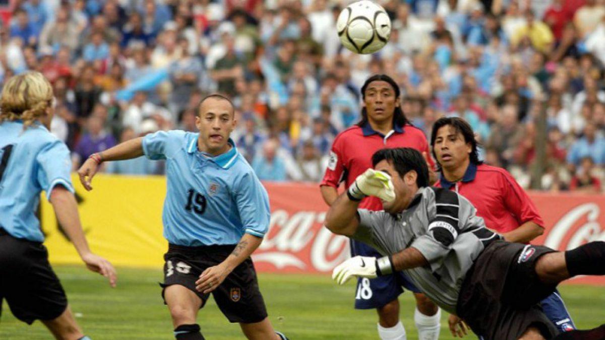 El uruguayo Javier Chevantón sufre el rigor de los chilenos con su particular encuesta en Twitter