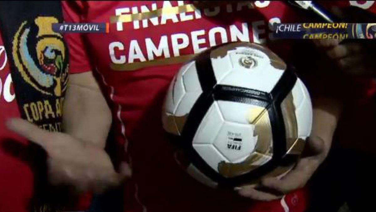 Chileno agarró la pelota del penal que falló Lionel Messi