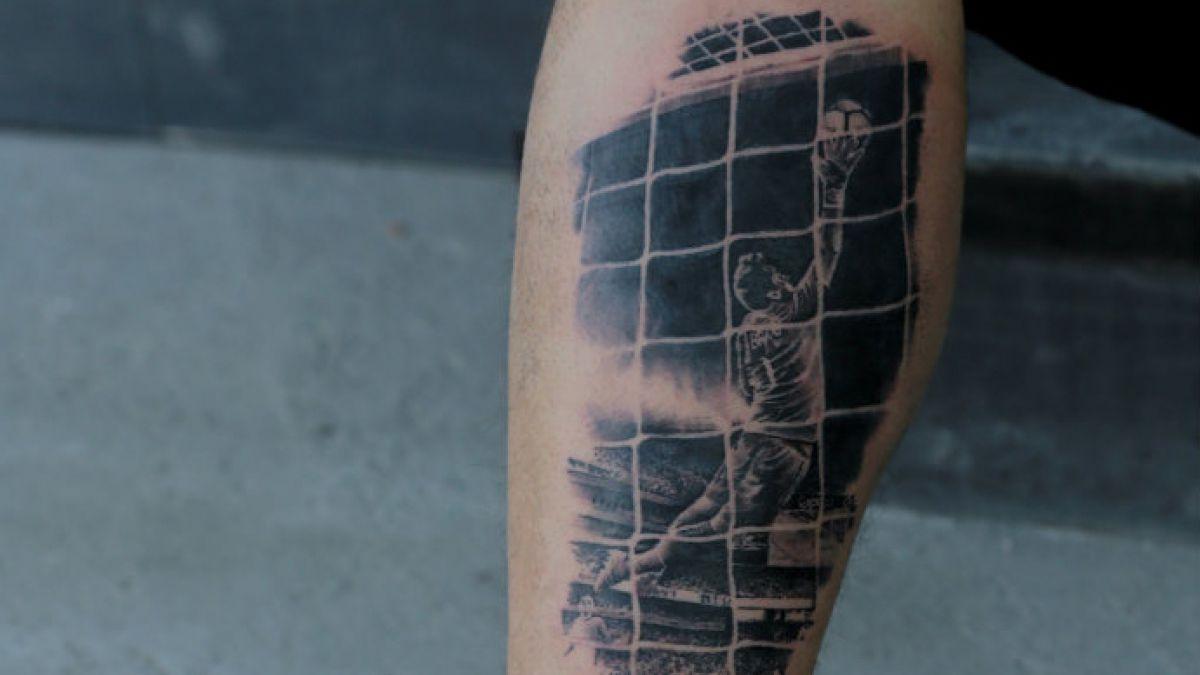Hincha se tatuó atajada clave de Bravo en la final de Copa Centenario