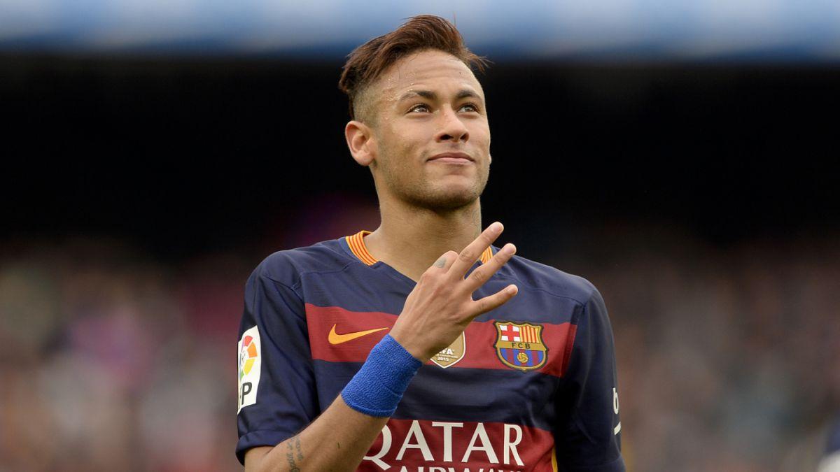 Neymar pone fin a especulaciones y renueva con el Barcelona