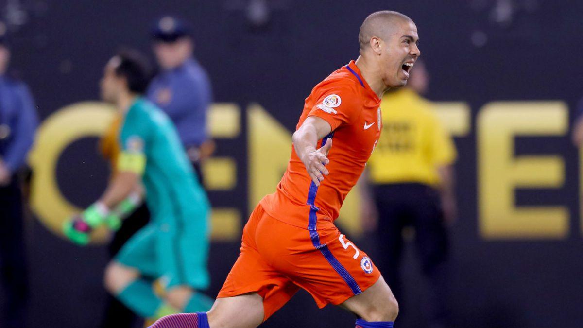 Francisco Silva se lesiona en su debut por Cruz Azul