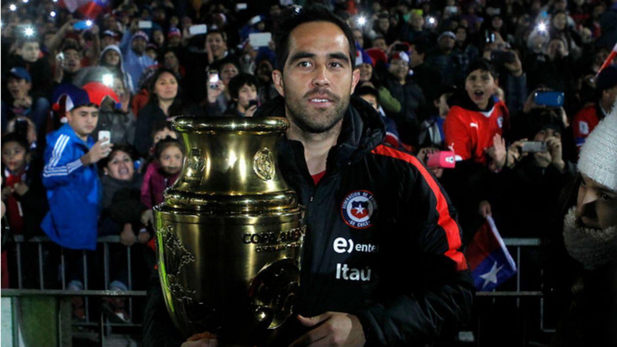Claudio Bravo a los chilenos: Disfruten de este momento que es maravilloso