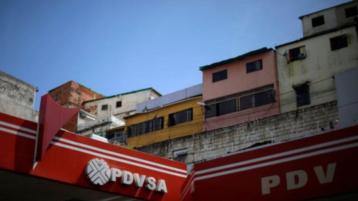 Ingresos petroleros de Venezuela caen en 41%