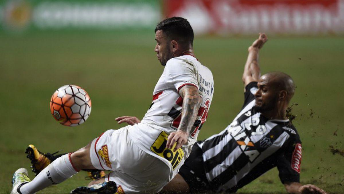 Eugenio Mena retorna en Sao Paulo en semis de Libertadores ante Atlético Nacional