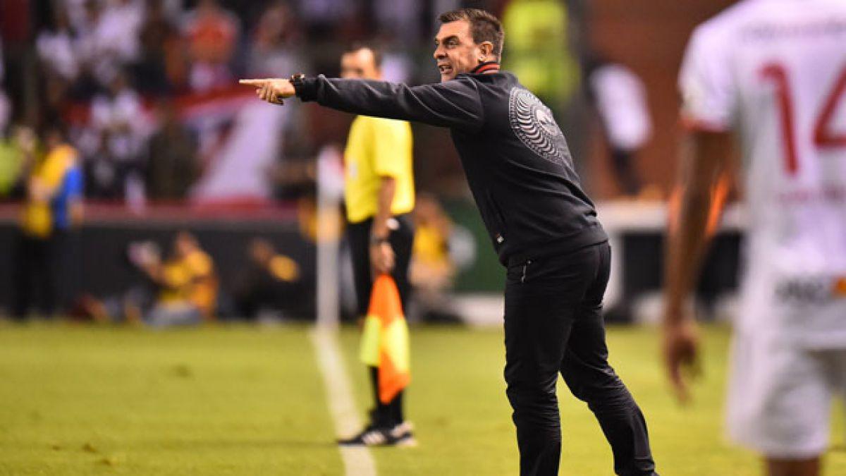 Pablo Guede en la mira de Colo Colo tras renuncia de José Luis Sierra