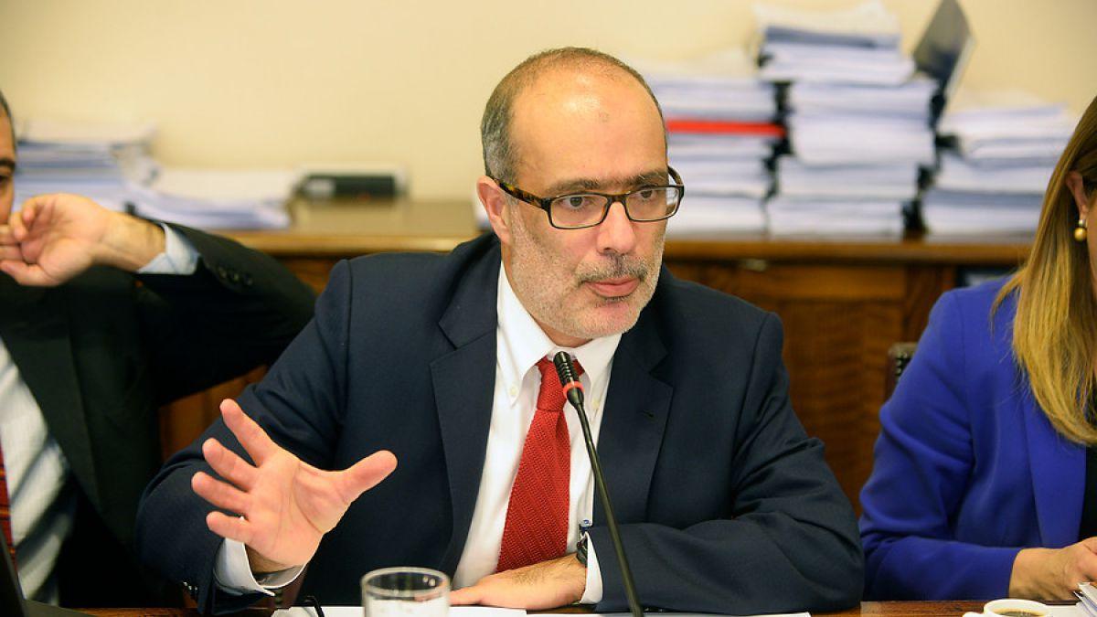"""Ministro Valdés: la gratuidad universal está """"garantizada"""" si se aprueba ley de Educación Superior"""