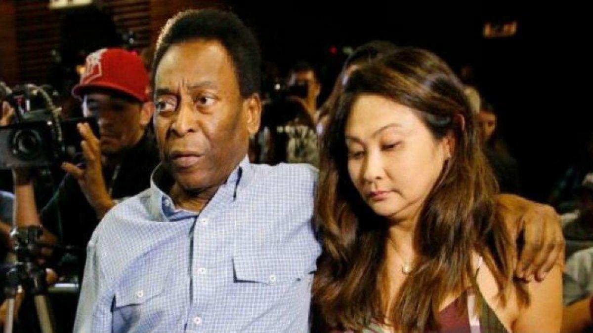 Pelé se casa por tercerca vez a los 75 años