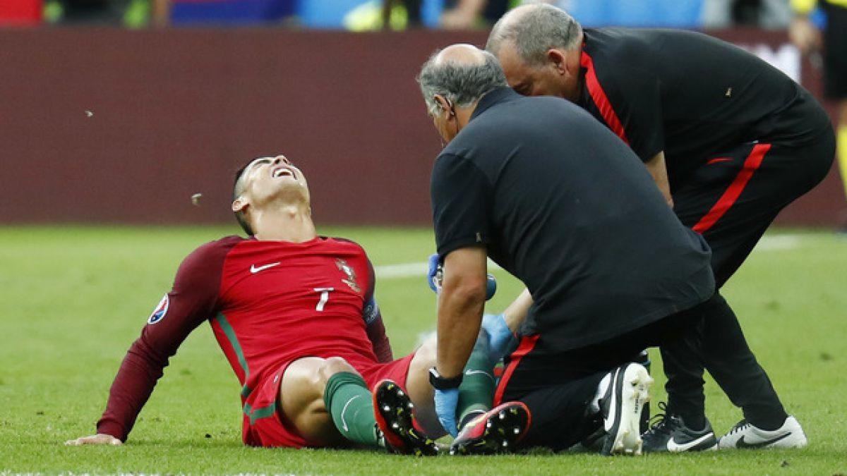 [VIDEO] Cristiano Ronaldo se retira llorando de la cancha debido a lesión en final de la Euro