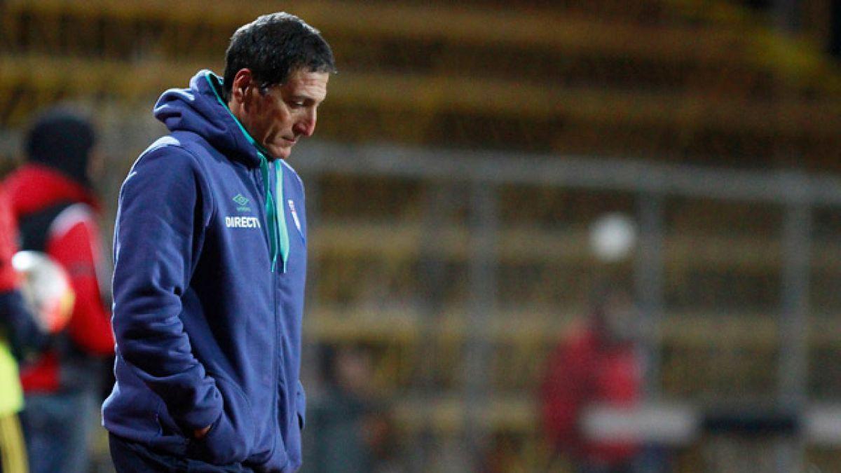 """La crítica de Mario Salas tras derrota de la UC en Copa Chile: """"El equipo jugó muy mal"""""""