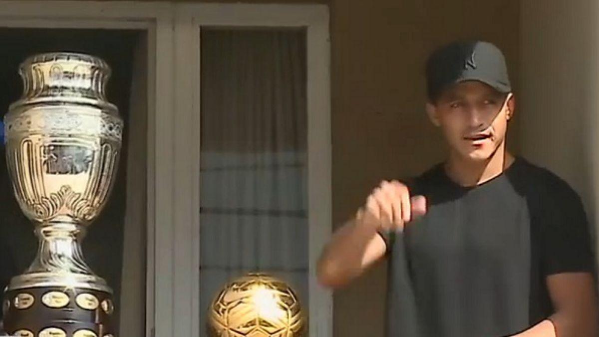 [VIDEO] Alexis Sánchez causa locura de los hinchas en su visita a Tocopilla