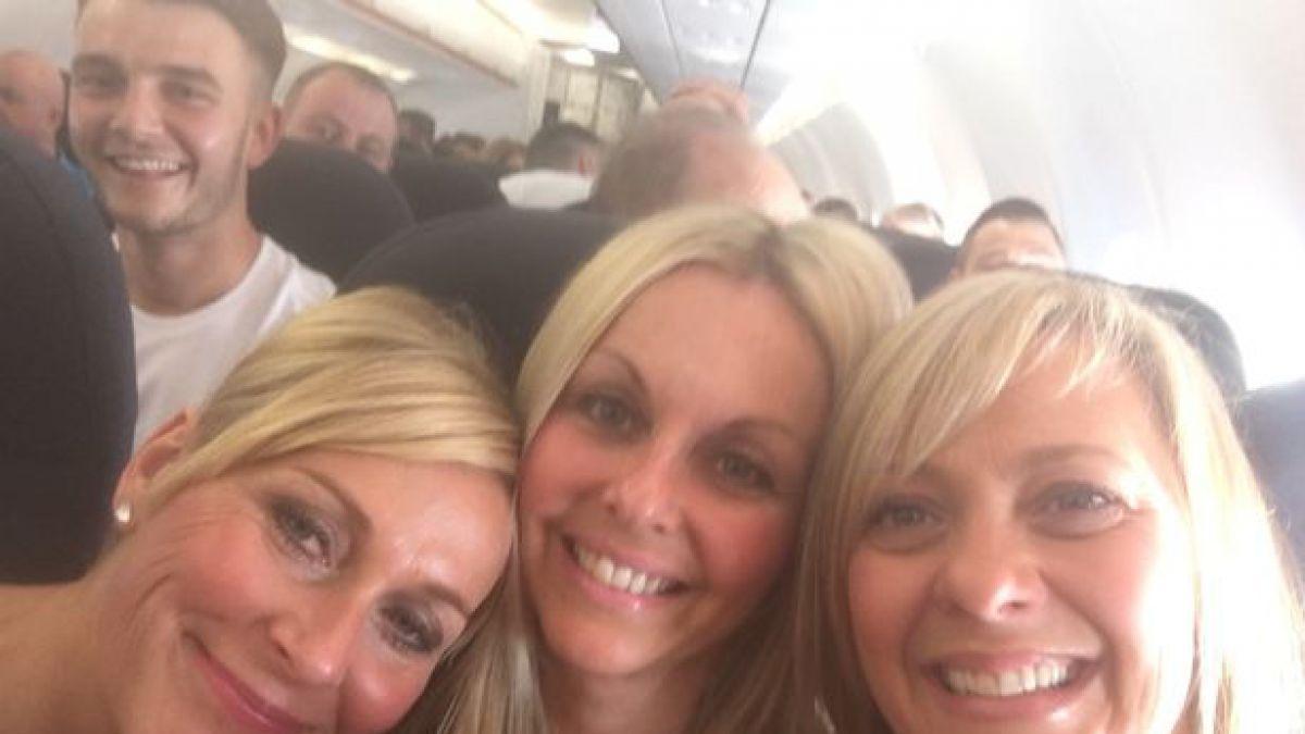 Encontraron enorme sorpresa al revisar sus selfies   Tele 13