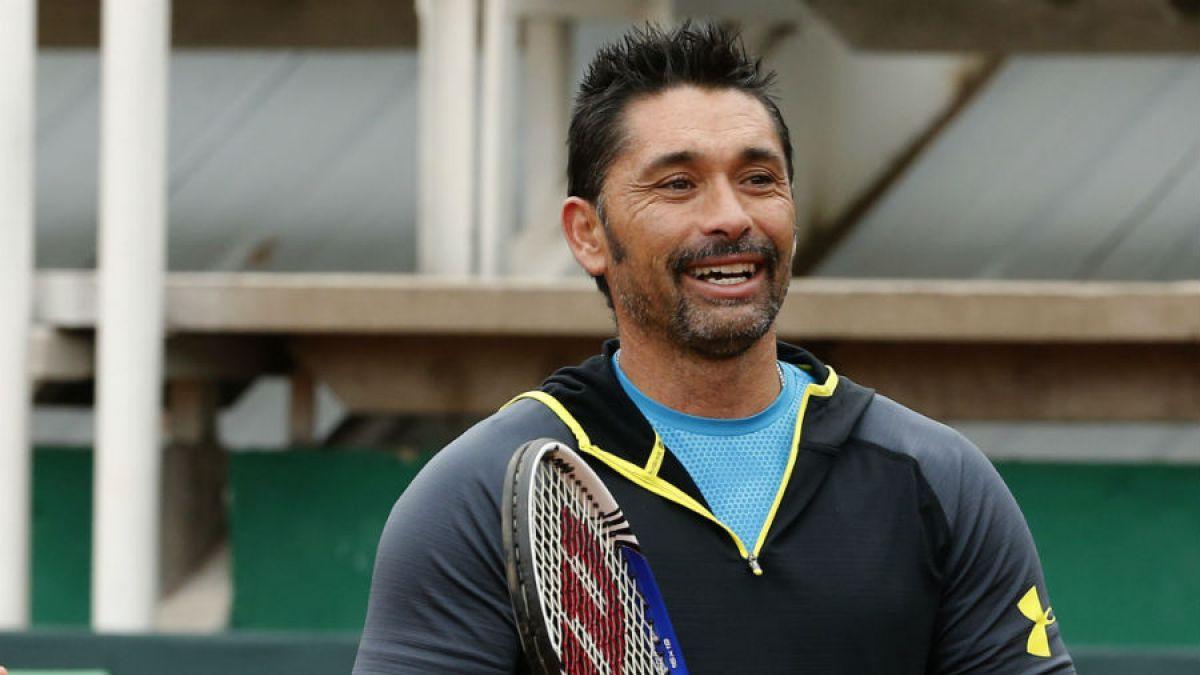 Marcelo Ríos celebra triunfo de Chile en dobles de Copa Davis con un alentador y gracioso mensaje