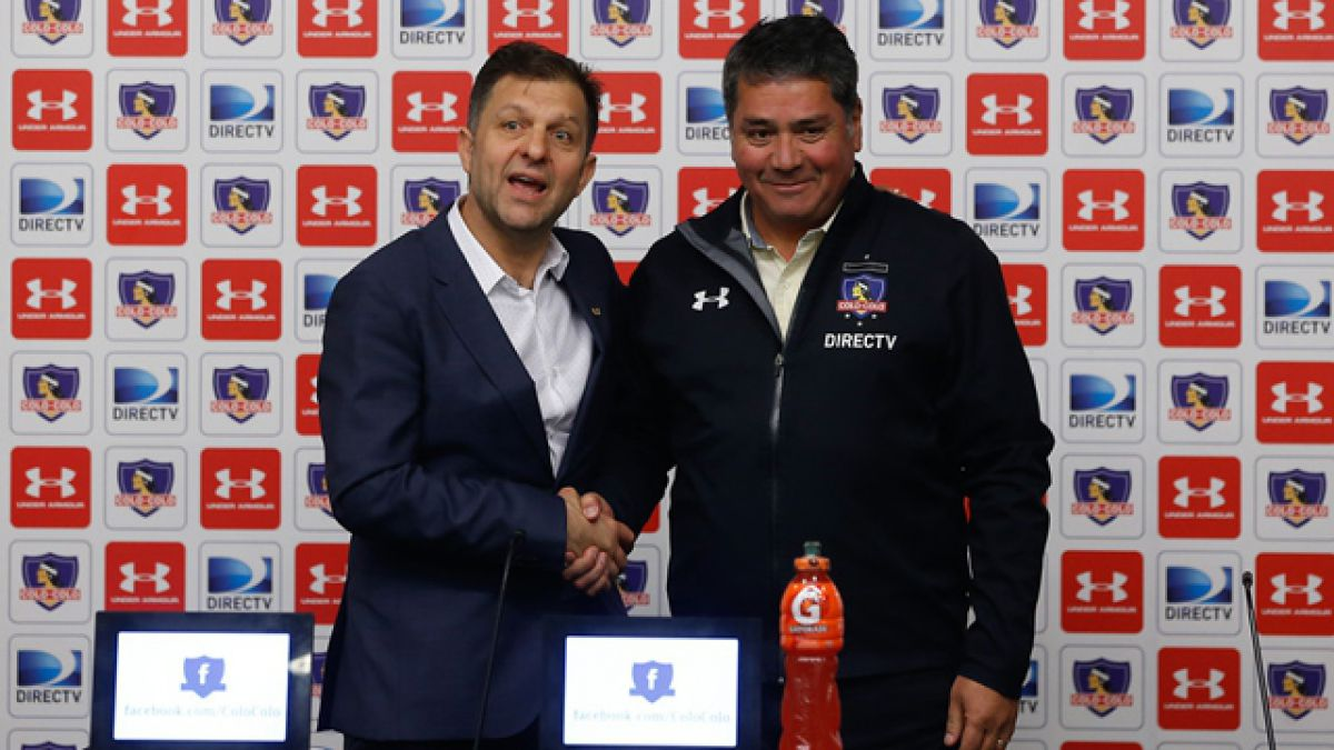 """Oscar Meneses es presentado en Colo Colo: """"Ya estamos trabajando con Guede por refuerzos"""""""