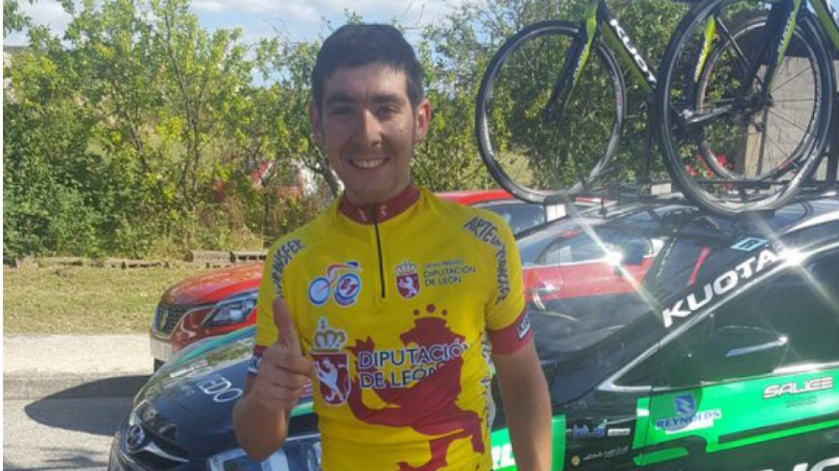 Ciclista chileno Lobito Burmann gana la Vuelta a León en España