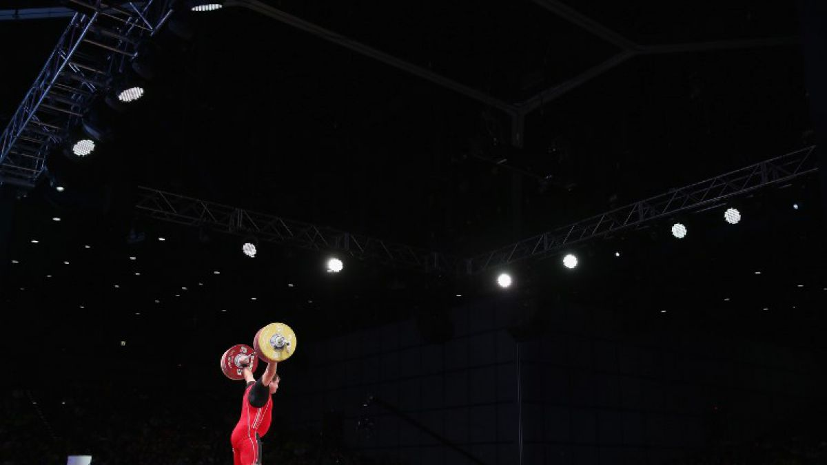Levantadores de pesas rusos son excluidos de los Juegos Olímpicos de Río
