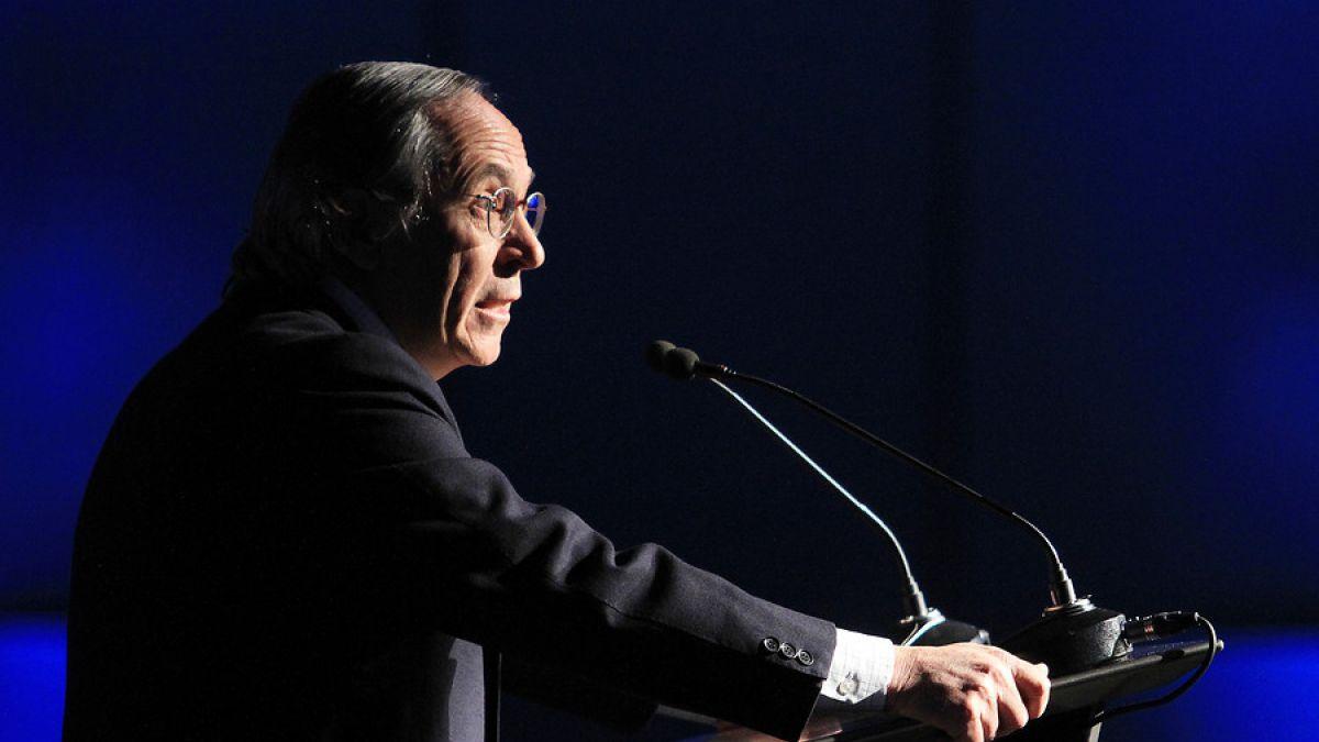 José Piñera aterriza en Chile y mañana dará a conocer primera propuesta para reformar las AFP