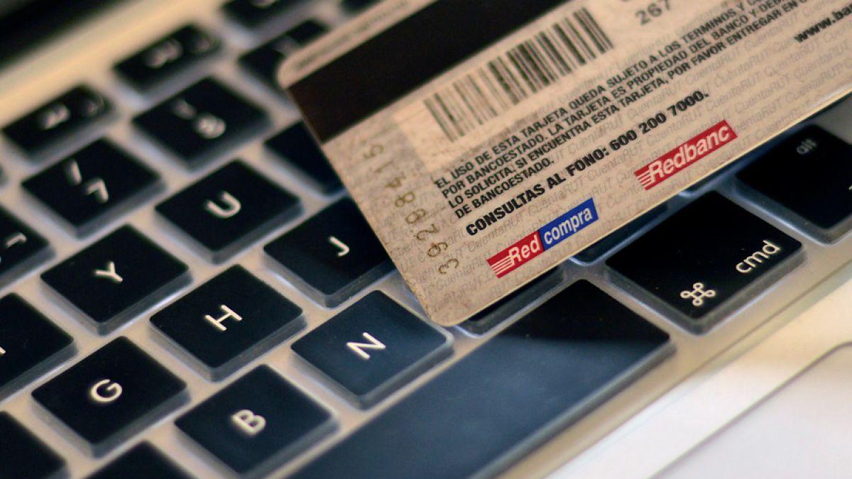 CNC: Ventas por internet en Comercio, Turismo y Entretenimiento crecen 26,2% en primer semestre 2016