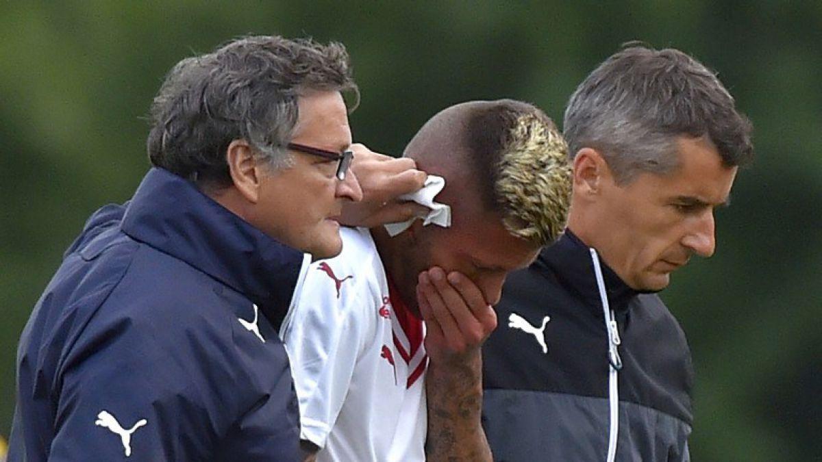 [FOTOS] Jugador francés fue sometido a reimplante tras sufrir pisotón en su oreja
