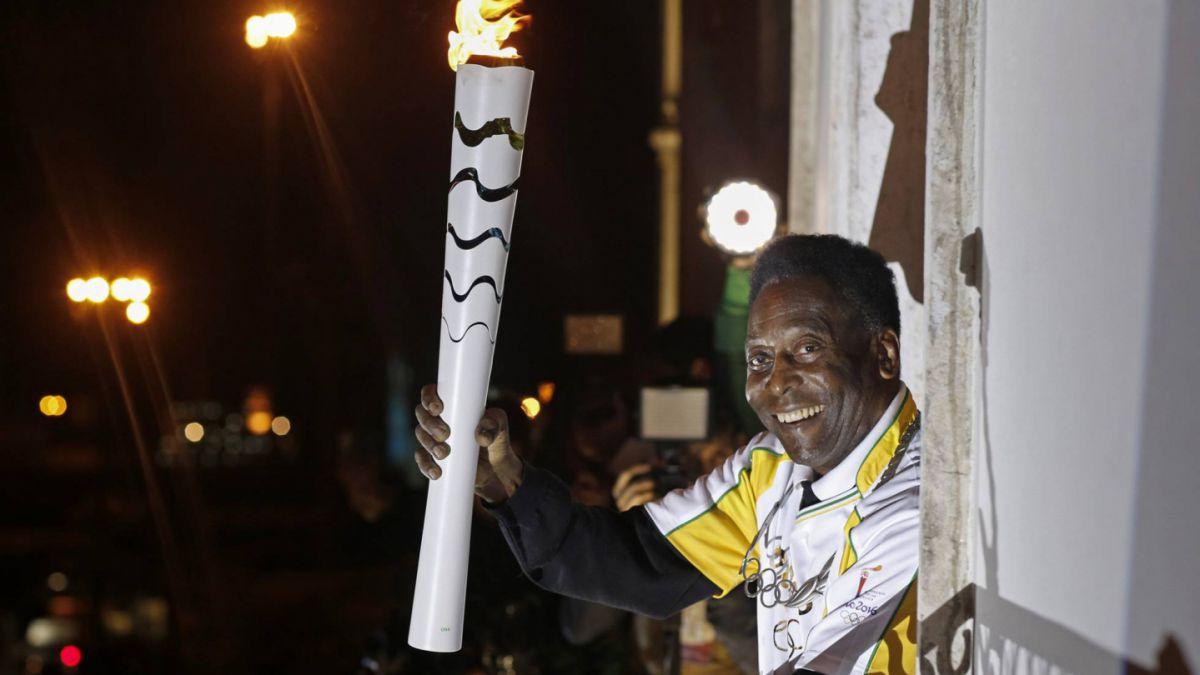Pelé no encenderá el pebetero olímpico debido a problemas de salud