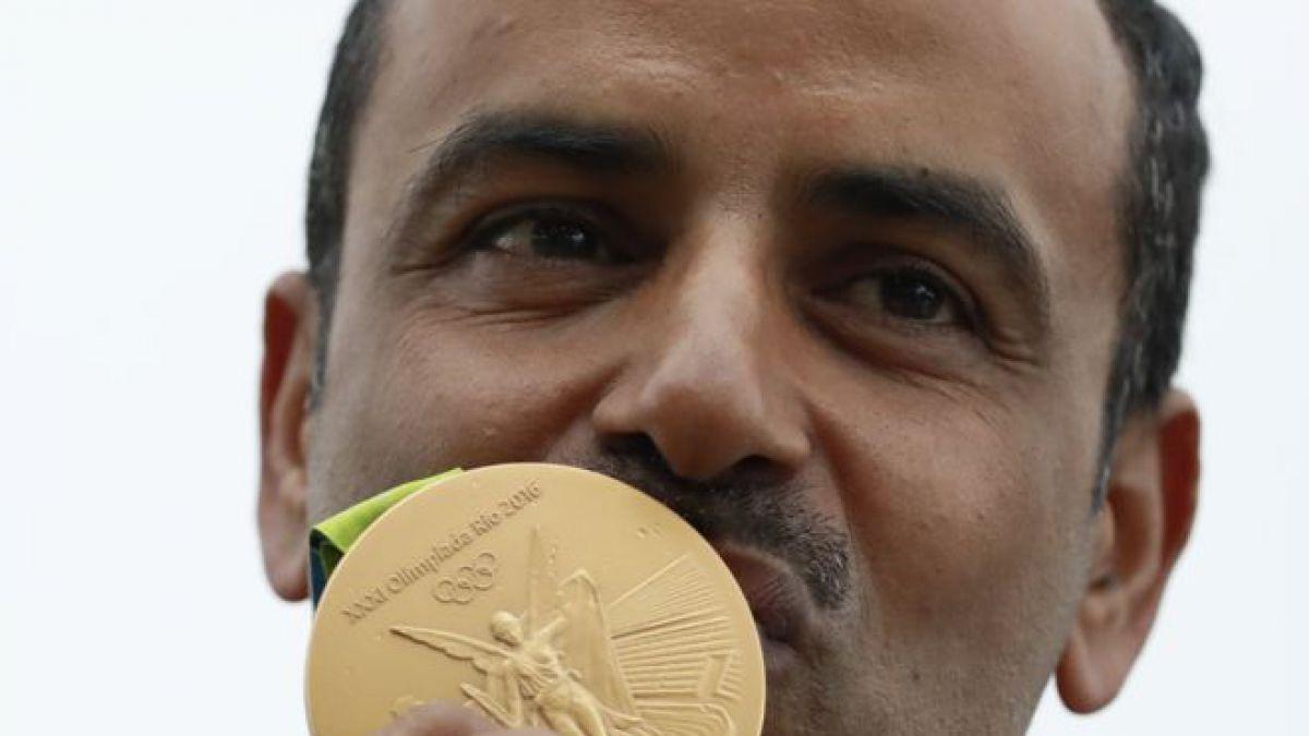 Río 2016: ¿Por qué Fehaid Al-Deehani celebró la medalla sin la bandera ni el himno de su país?
