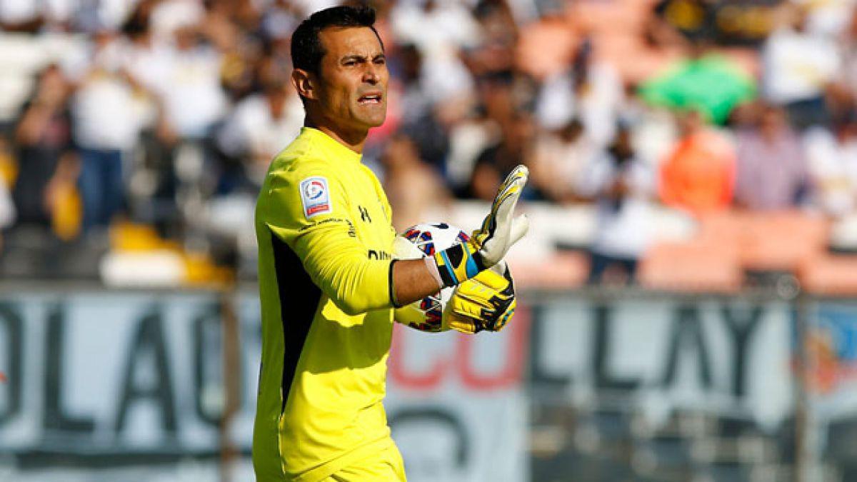 Justo Villar vuelve al arco de Colo Colo ante Deportes Temuco
