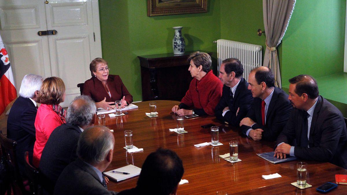 Consensos y crudo diagnóstico político marcan cita en La Moneda por pensiones