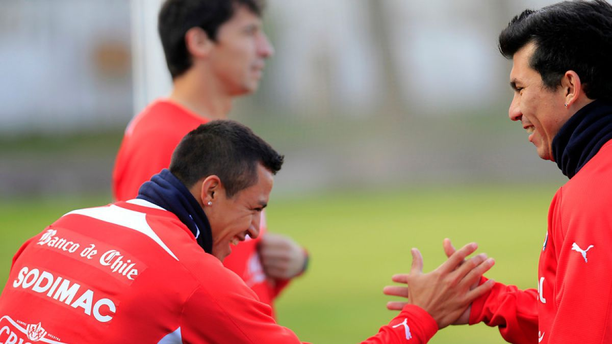 ¿Compañeros con Medel? En Italia hablan de interés del Inter en Alexis Sánchez