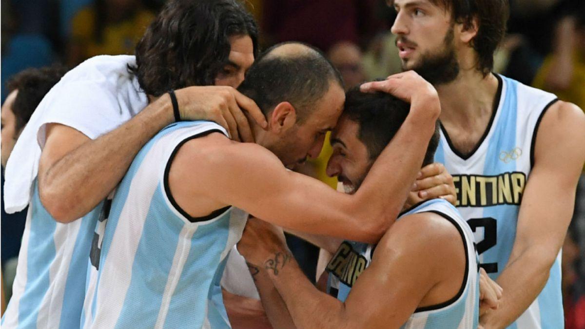 Argentina derrota a Brasil en dos tiempos extra en el básquetbol de Río 2016