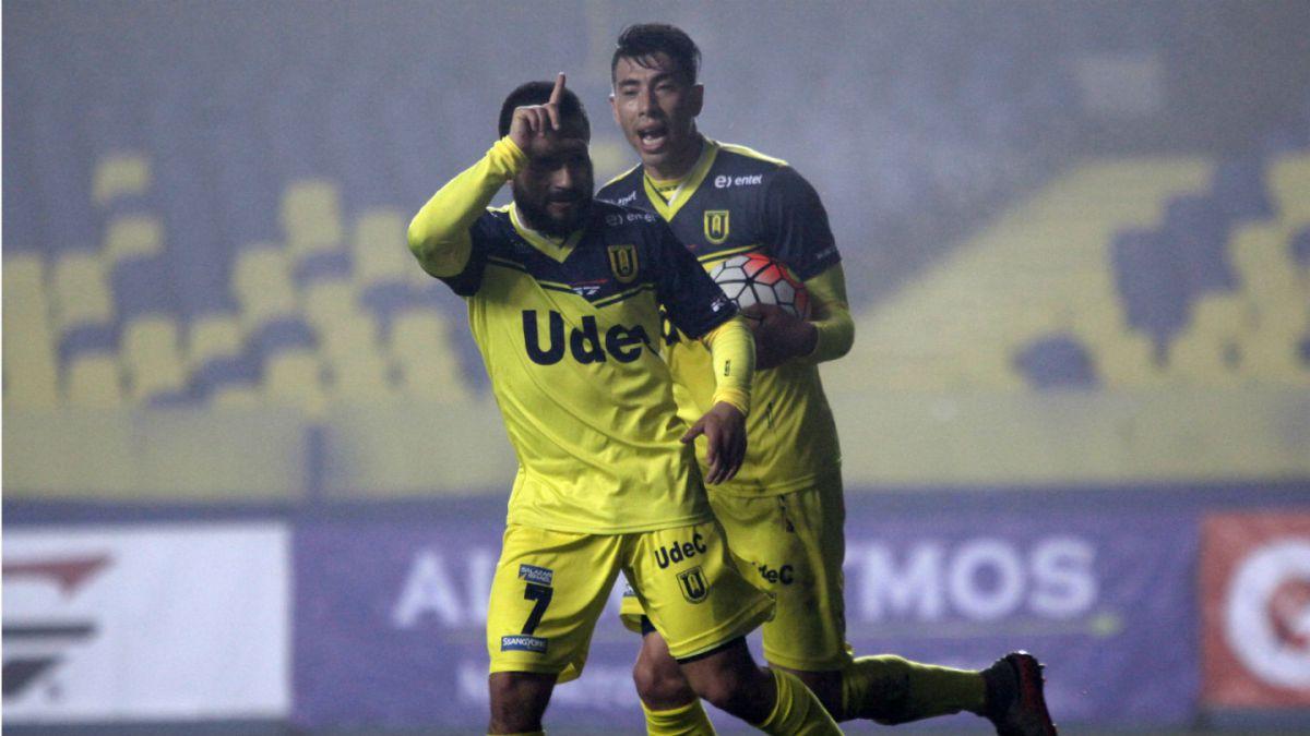 U. de Concepción despierta a tiempo y rescata un empate frente a Everton
