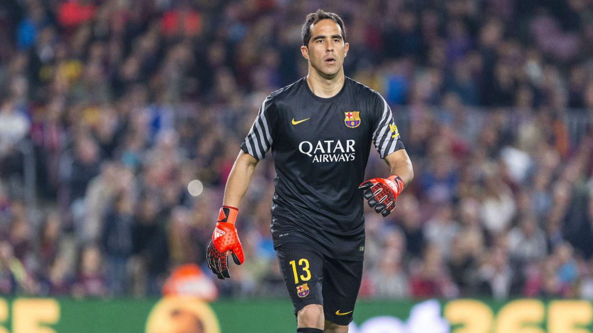 Medio español asegura que Claudio Bravo viajaría esta semana a finiquitar acuerdo con el City